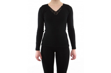 Women's long sleeve undershirt with lace
